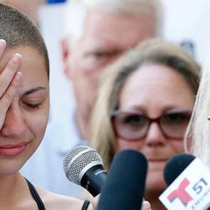 """Schülerin attackiert Trump scharf unter Tränen: """"Schämen sie sich!"""""""