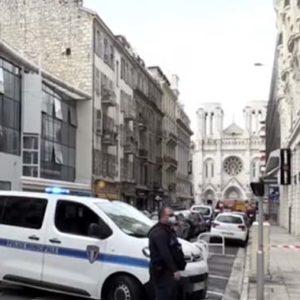 Frankreich ruft nach mehreren islamistischen Attacken höchste Terrorwarnung aus